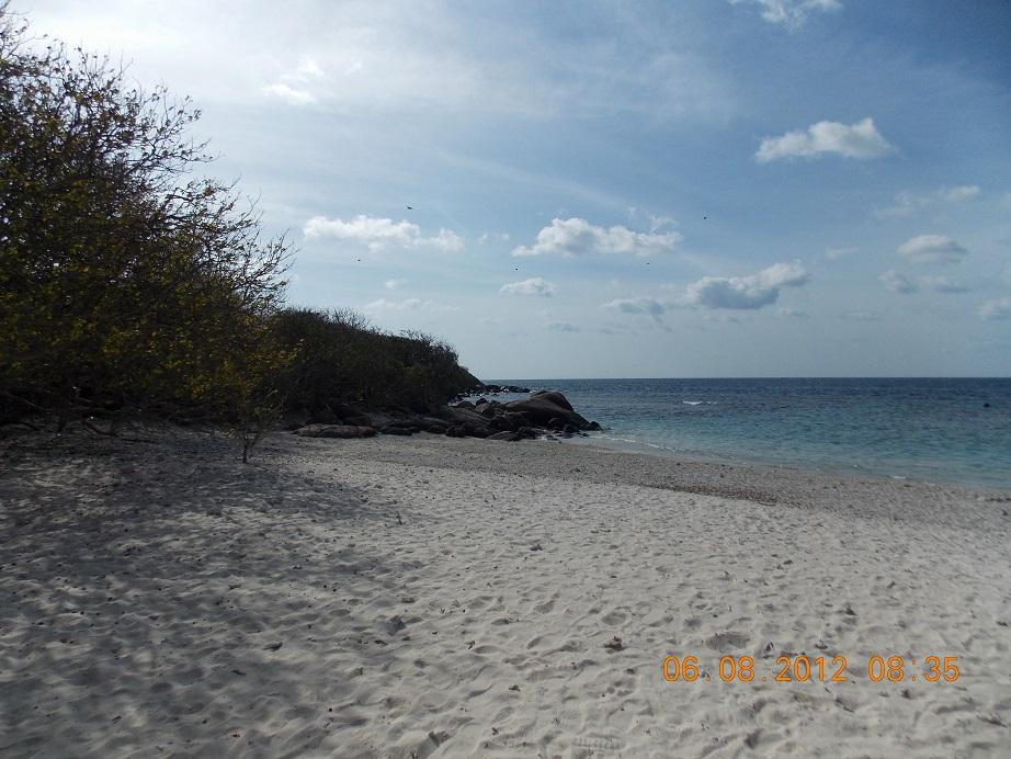 pigeon island, sri lanka